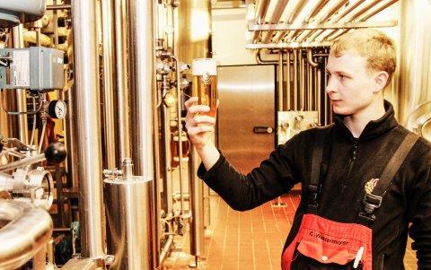 Moderner Filterkeller der Meckatzer Brauerei